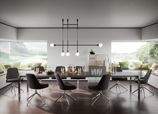 Willisau-Switzerland-Tisch-Stuhl